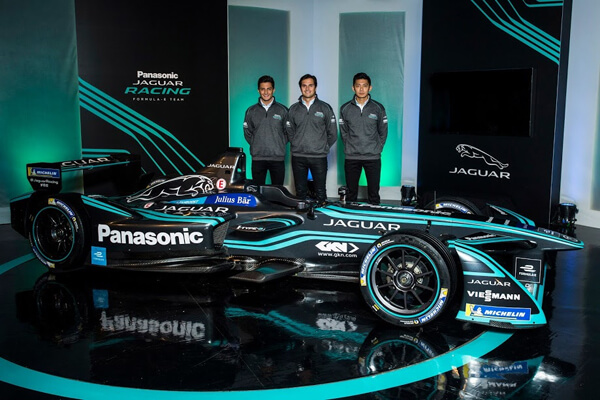 PANASONIC JAGUAR RACING-photogalery-5