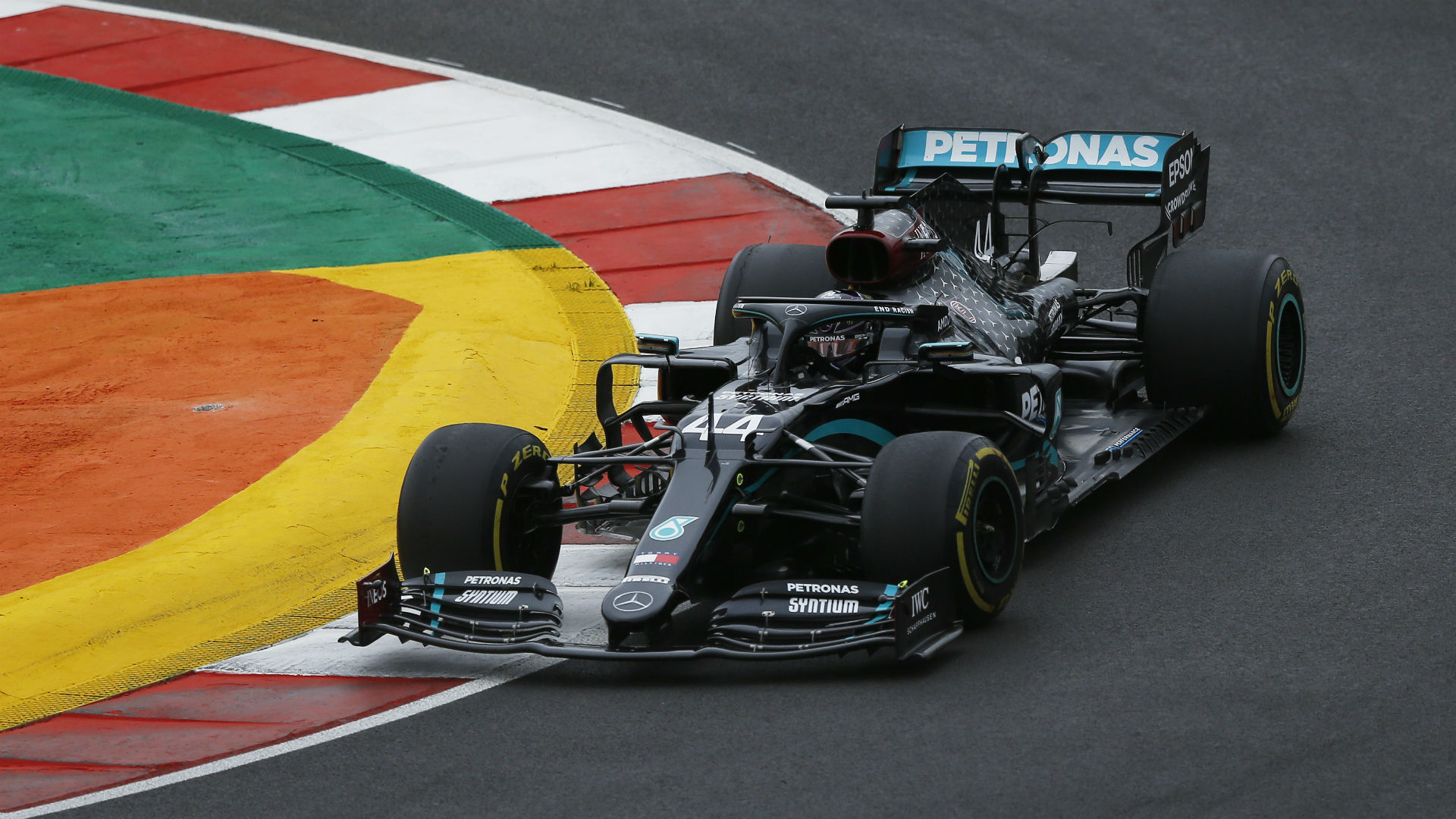 What channel is Formula 1 on today? TV schedule, start time for Emilia Romagna Grand Prix